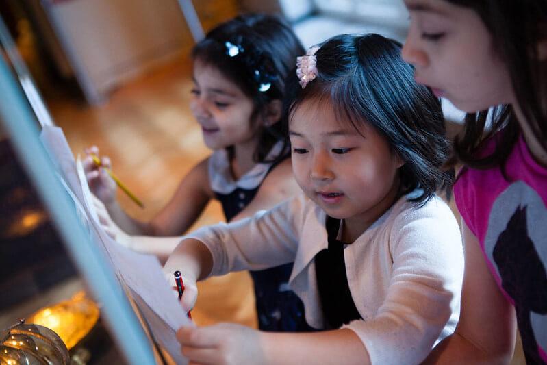 kids at art class