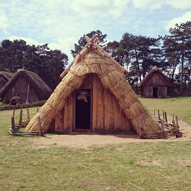 Hut Example of Anglo-Saxon Homes