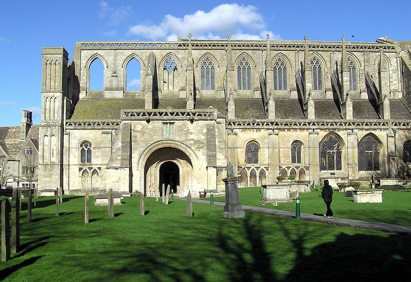 Malmesbury and it's famous Abbey, a wonderful Cotswold Family Holidays destination