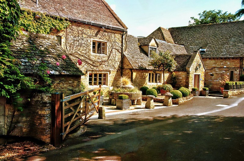Bourton on the water, an idyllic Cotswold Family Holidays destination