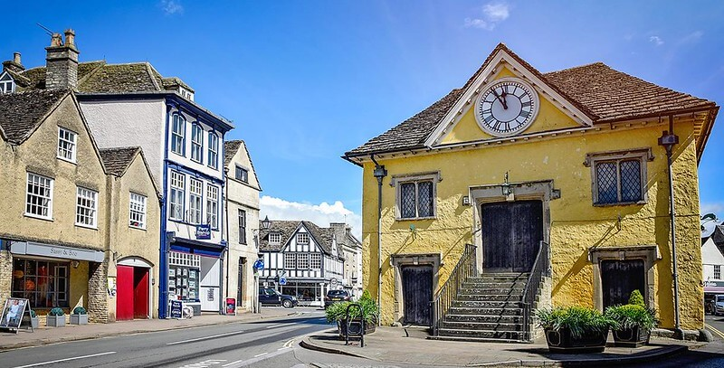 Tetbury, a pretty market town, is a wonderful place for cotswold family holidays