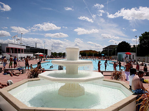 Hillingdon Outdoor Pool in Hayes