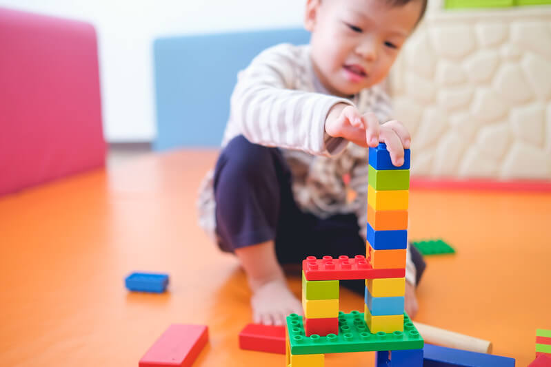 Tallest tower competition, great block activities for preschool kids