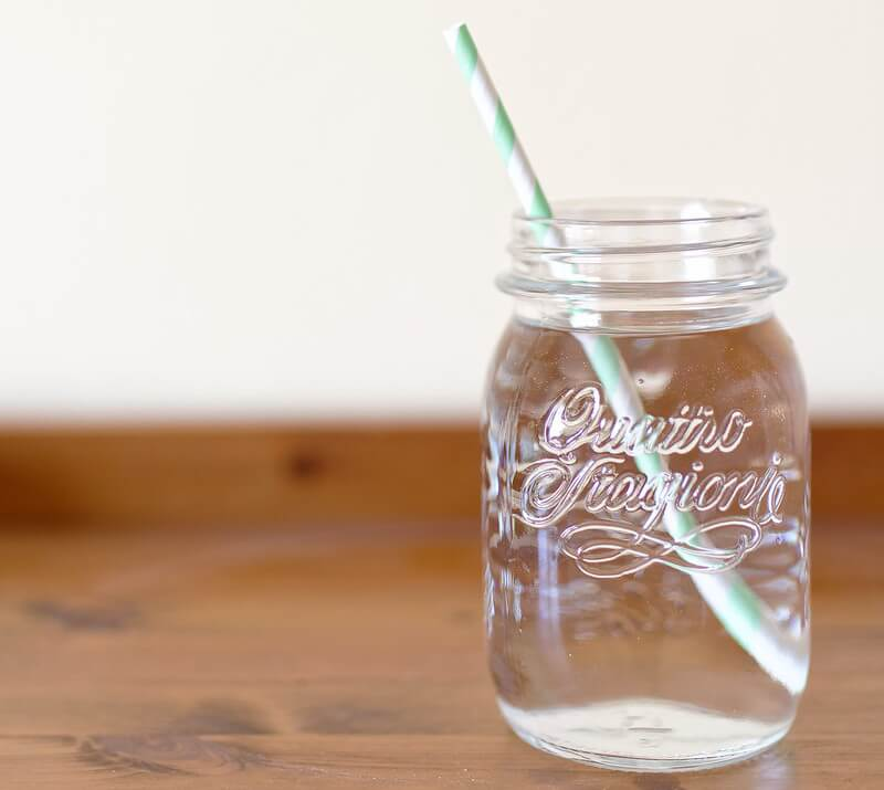 Eo-friendly straw for water after the c-section
