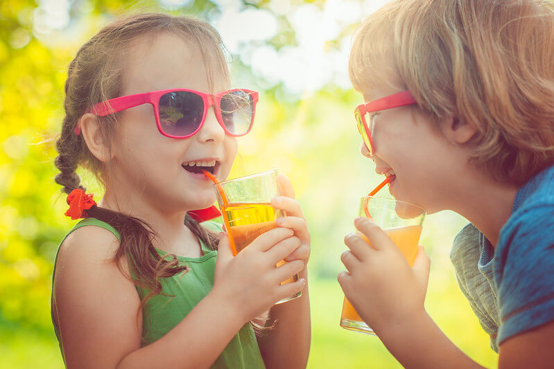kids enjoying sugar free summer drink recipes