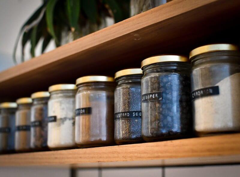 Spice Labels, great kitchen cupboard organisation ideas