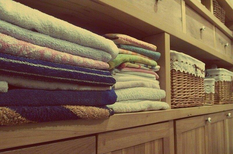 Lazy Susan trick for kitchen cupboard organisation ideas