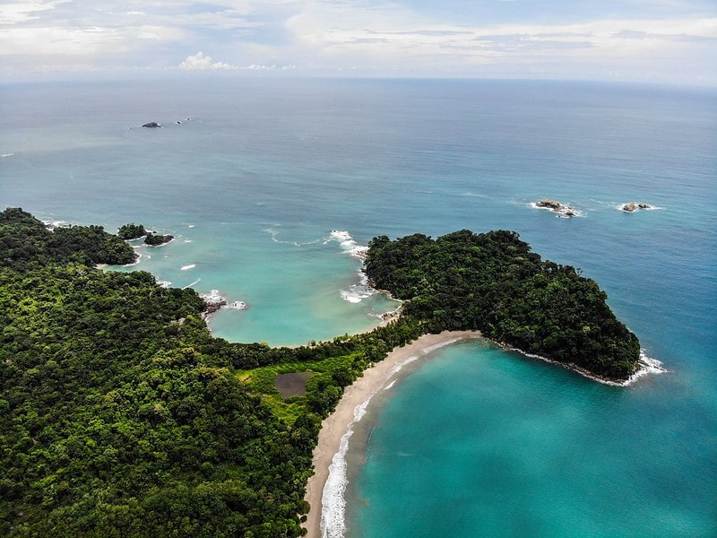 An aerial shot of the beautiful beaches of Costa Rica, to help explain Costa Rica facts for kids.