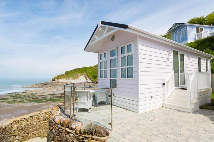 Beach Cove Coastal Retreat, a wonderful babymoon idea