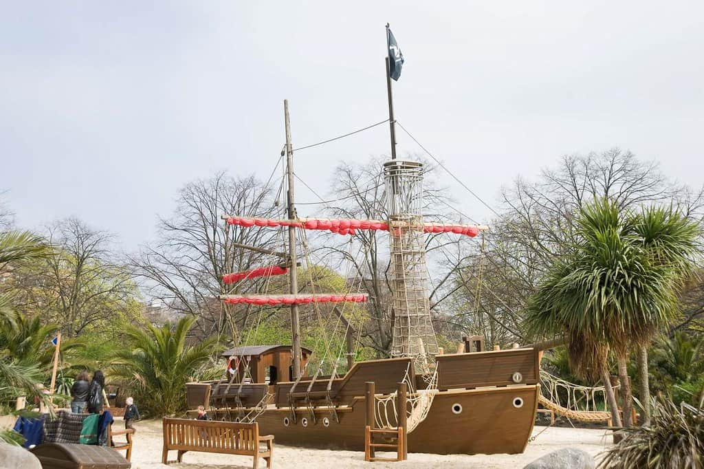 Big pirate ship in the Princess Diana Playground.