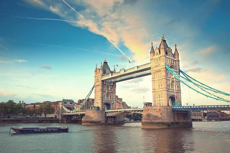 Sunny London in Summer, specifically Tower Bridge.