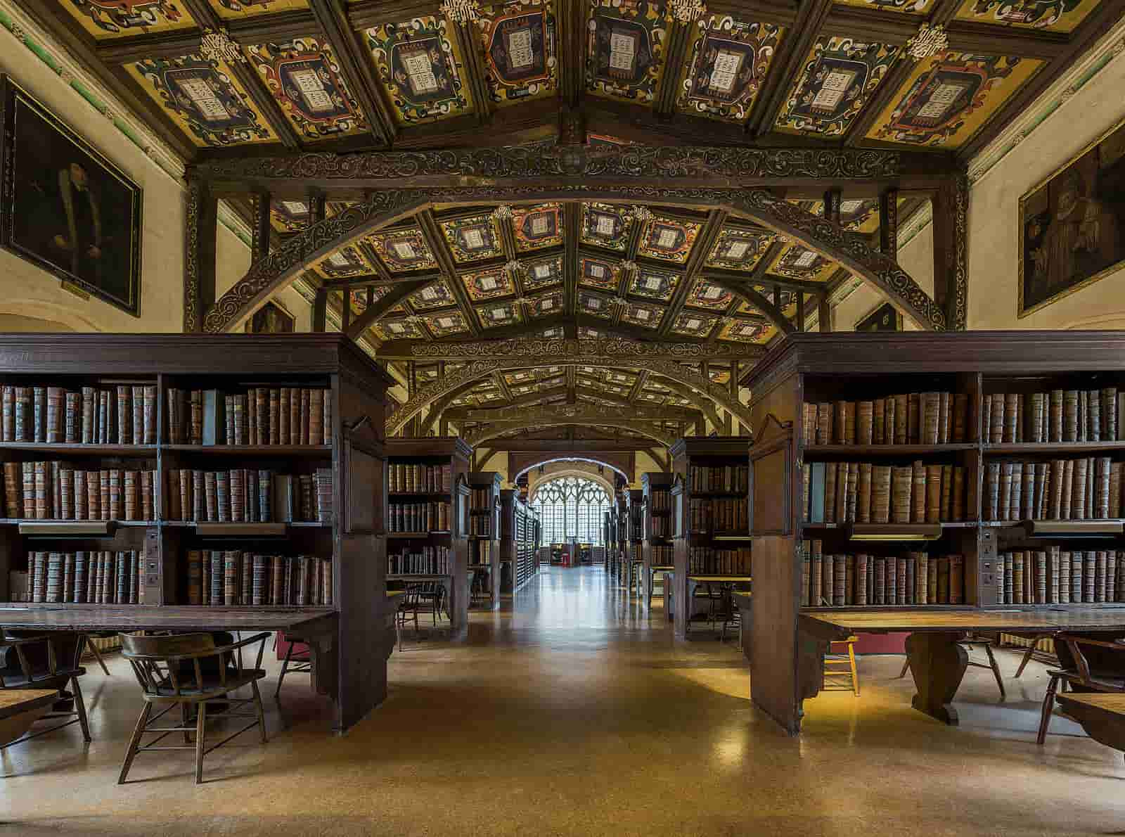 The Bodleian Library interior, in the Duke Humfrey's room, an extravagantly decorated study space.