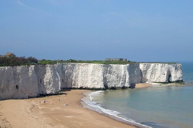 The white cliffs at Kingsgate Bay.