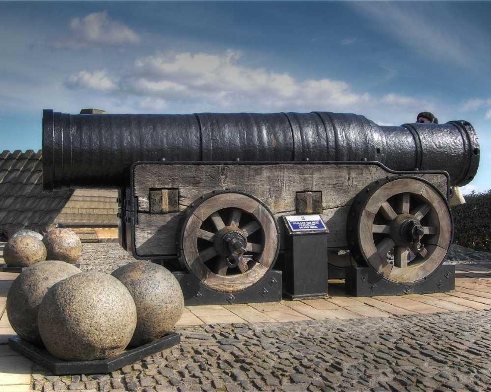 Mons Meg, a siege gun on Edinburgh Castle.