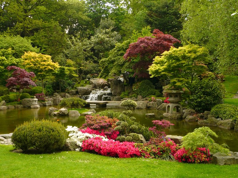 Colourful flowerbeds at Holland Park.