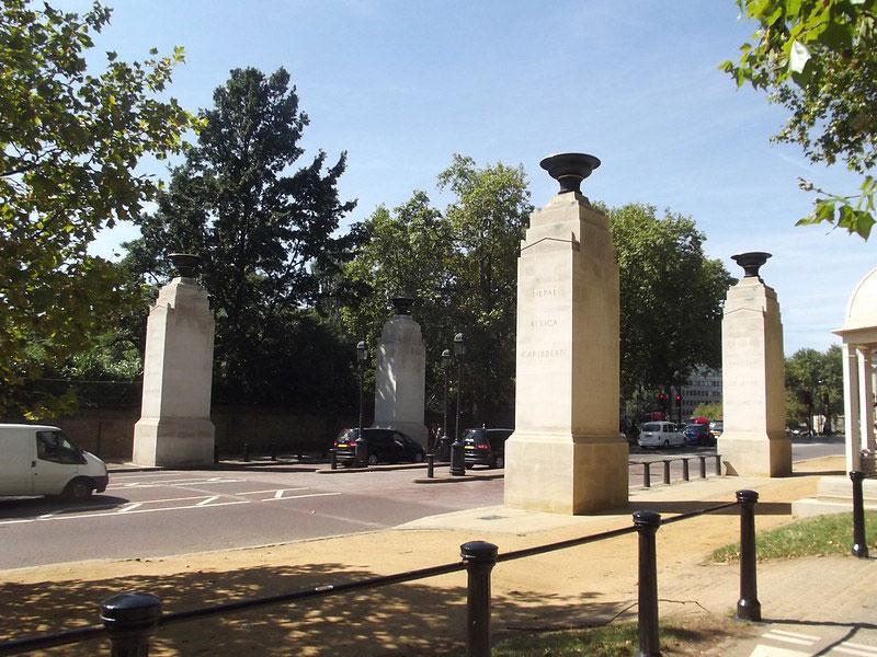 Memorial pillars at the entrance to Green Park.