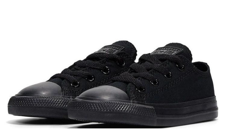 Converse Chuck Taylor All Star Mono Low Top.
