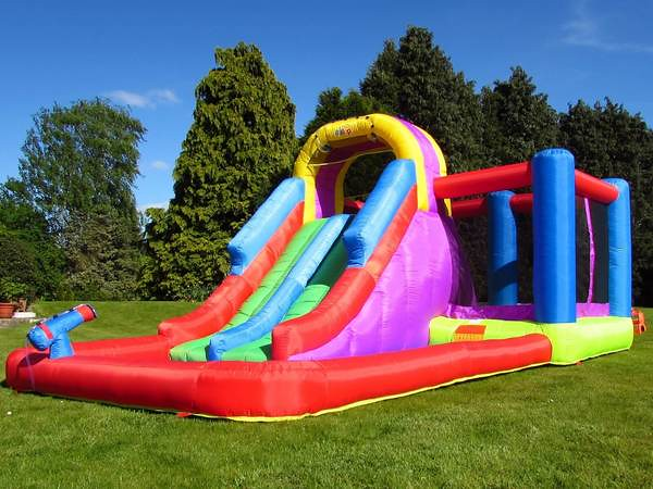 BeBoP Total Wipeout Castle And Slide.
