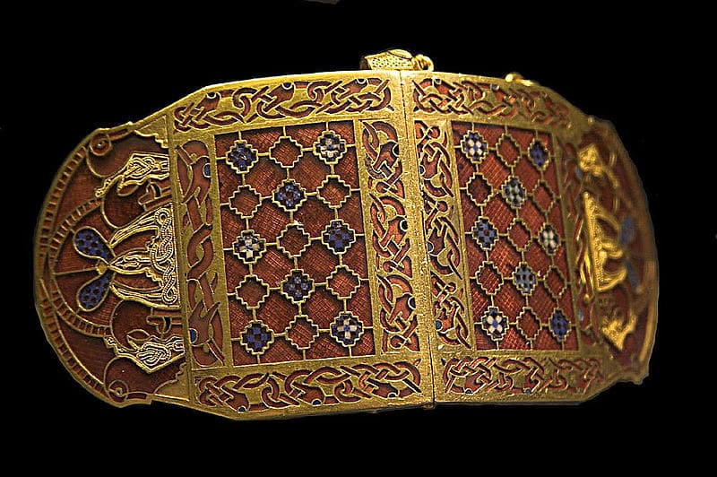 Anglo-Saxon golden shoulder clasp, showing off their very intricate metalwork.