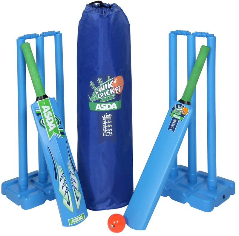 Kwik Double Junior Cricket Set.