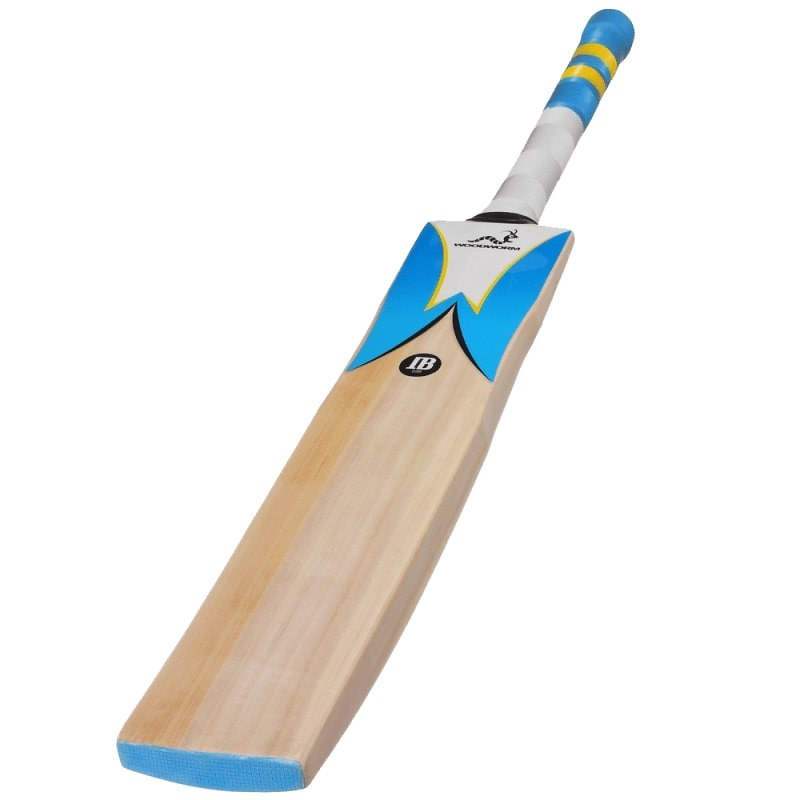 Woodworm English Willow Junior Cricket Bat.