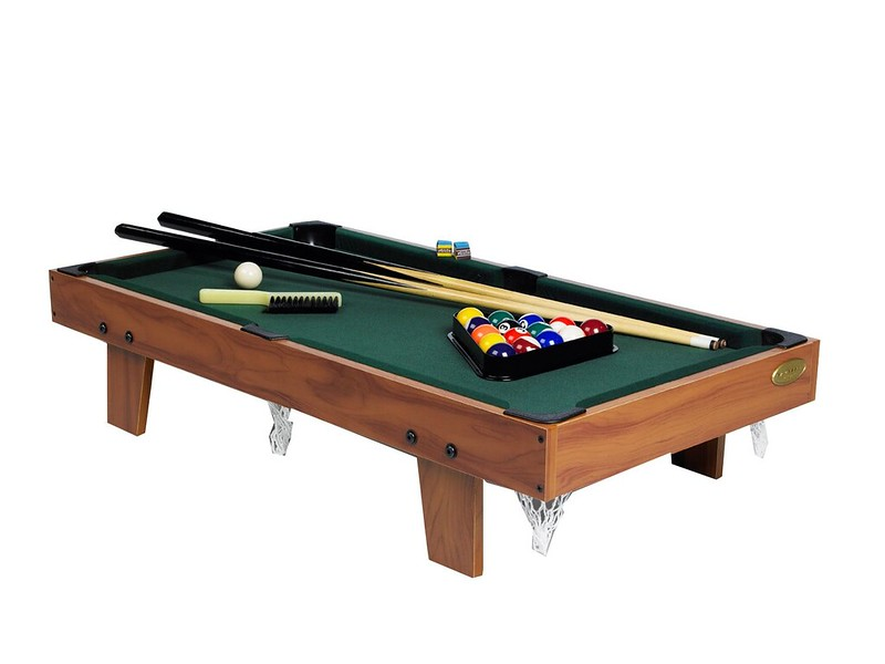 Gamesson 3 Foot Table Top Pool Table.
