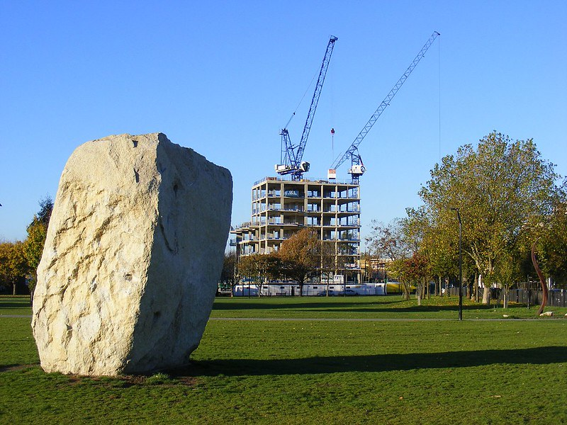 Large stone boulder in Shoreditch Park open space