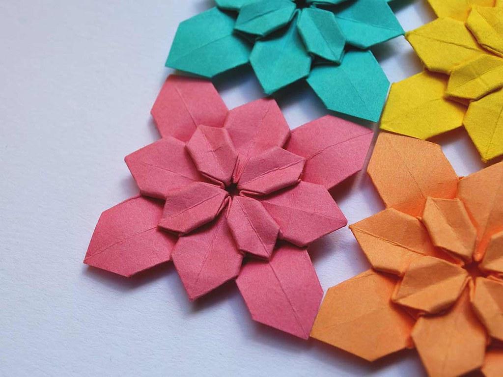 Some decorative floral origami models.