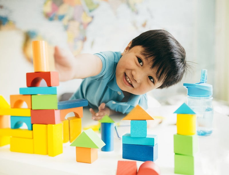 Filipino boys names are popular baby names as they are diverse and carry meanings of happiness and energy.