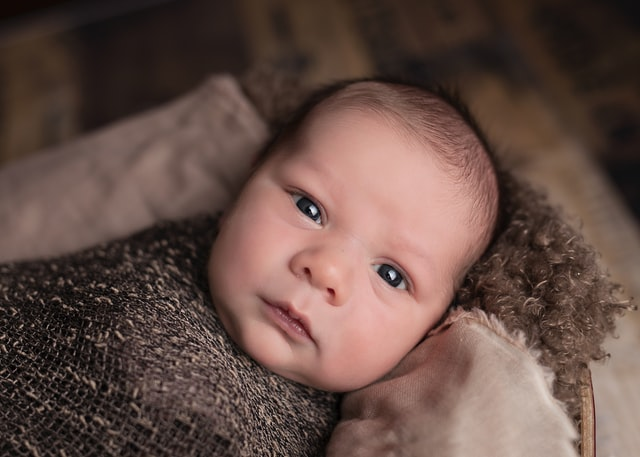 There are many baby names for babies born around midnight.