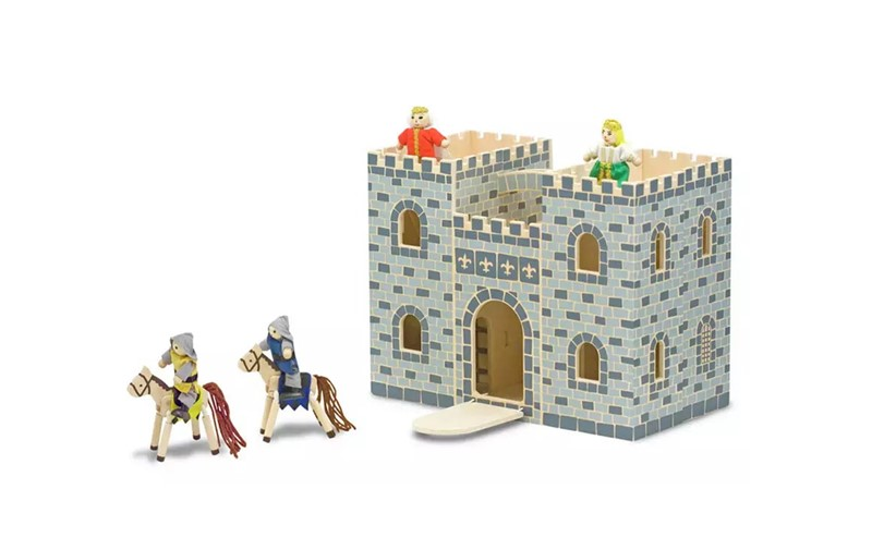 Beautiful foldable wooden castle  easy for battlements play.