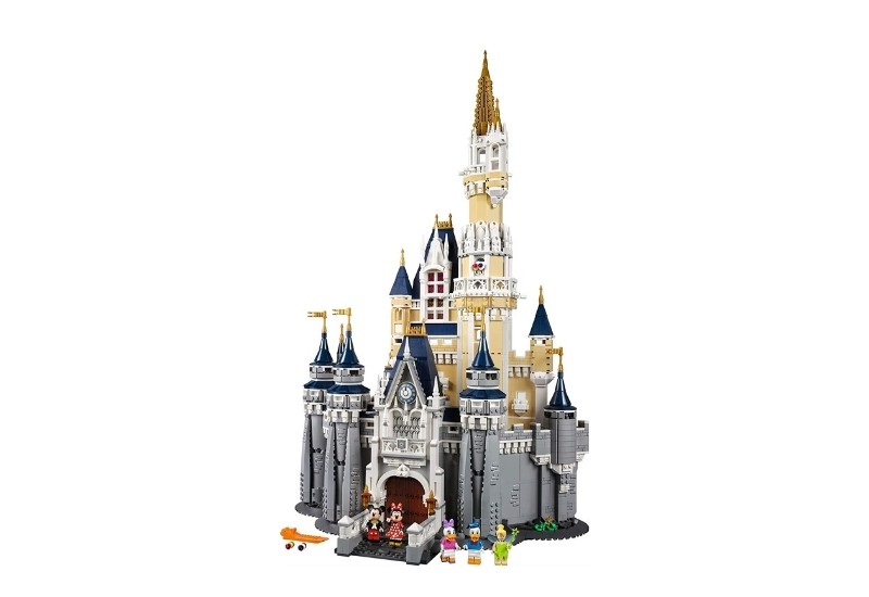 Elegant castle with disney motif.