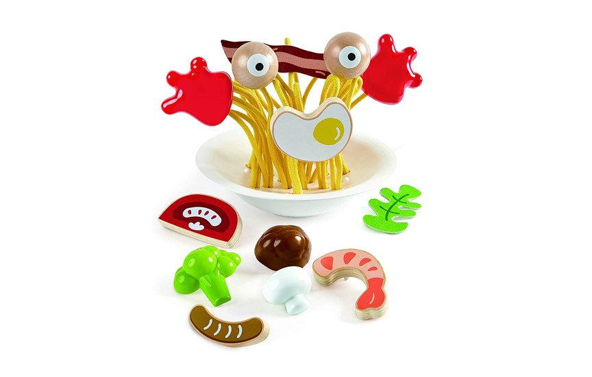Colorful and appetizing wooden spaghetti toy for cooking games.