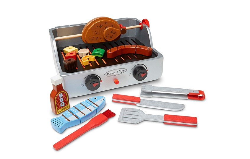 Fun  and appetizing colorful set of barbeque grill toy.