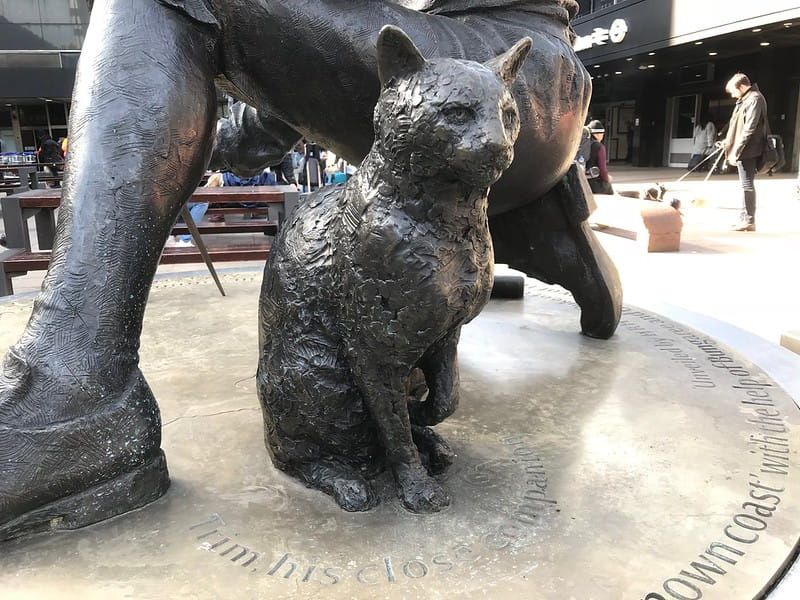 You probably didn't even notice this cat sculpture outside Euston station.