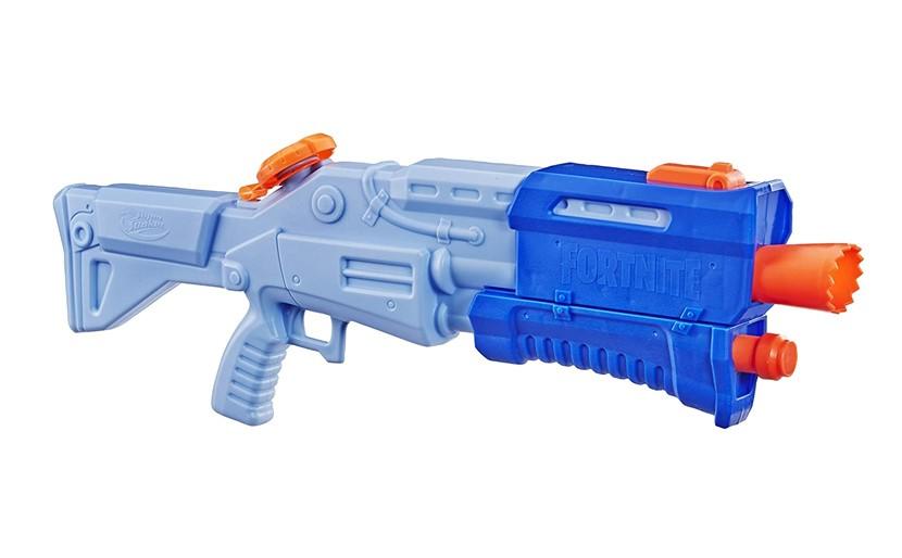Attractive and fun blue super soaked water blaster gun.