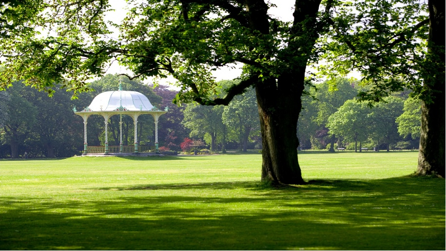The Victorian bandstand at Duthie Park.