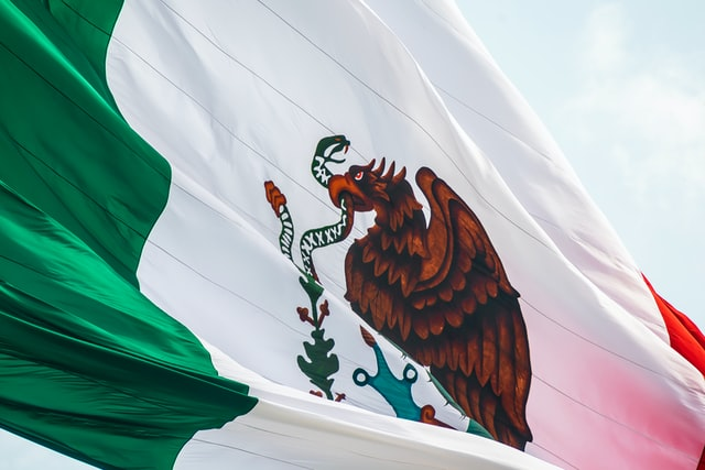 Find ‌unique‌ ‌and‌ ‌meaningful‌ Mexican ‌last ‌names‌ that are rich in history.