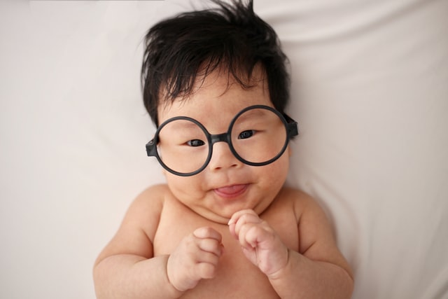 Having girl baby names that means wisdom, smart and intelligent can certainly boost the confidence of your girl.