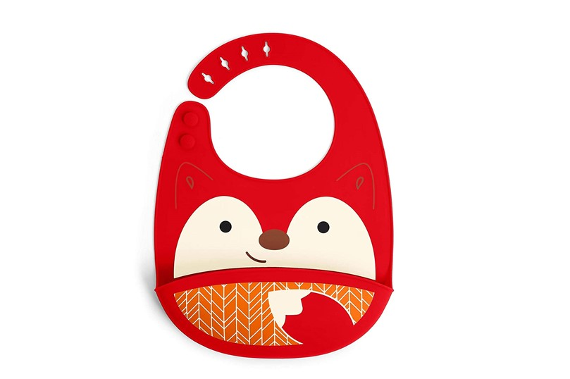 Cute and attractive fox design of bib made of silicone with deep pocket catch some mess.