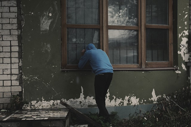 Thieves are renowned for breaking into houses through windows.