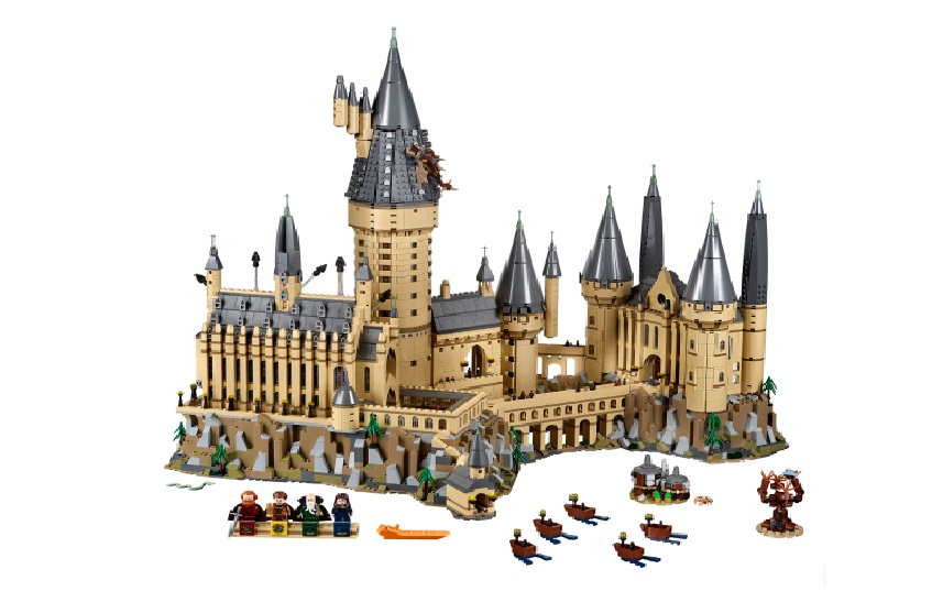 Elegant and magical motif of lego Hogwarts castle with set of mini characters.