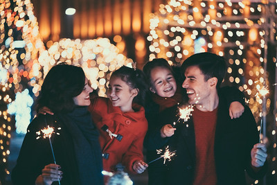Best Outdoor Christmas Decorations To Light Up Your Home This Christmas