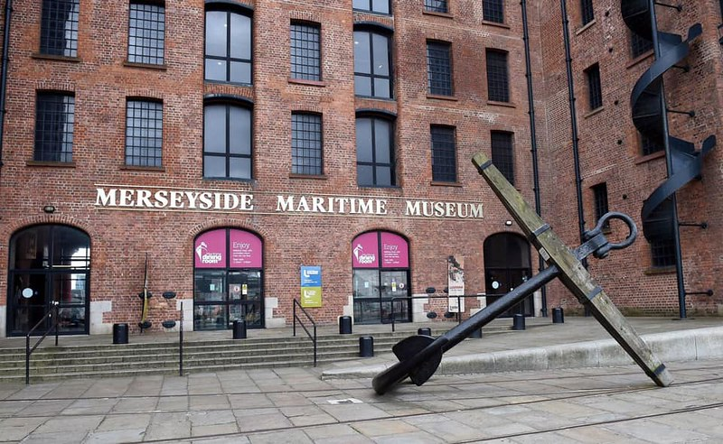 The red brick entrance outside the Merseyside Maritime Museum.