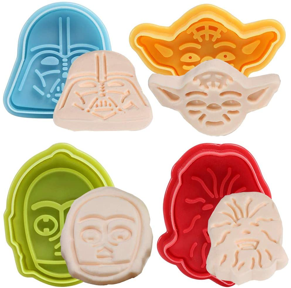 BETOY Set Of Four Star Wars Shape Cookie Cutters Plunger.