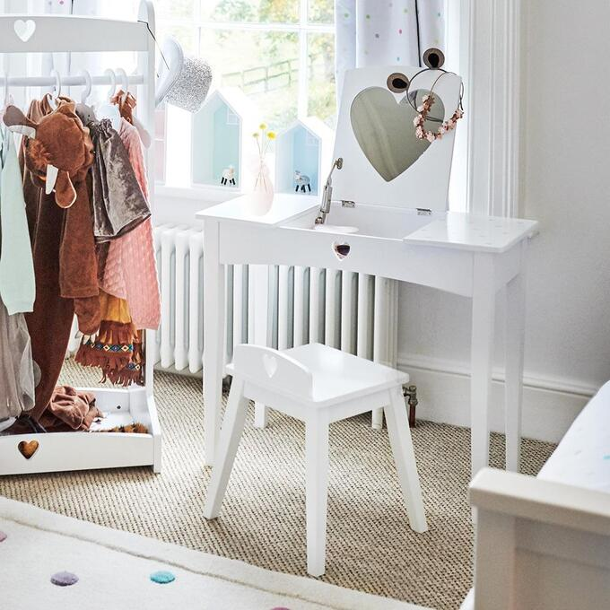 Sweetheart Dressing Table and Stool Set