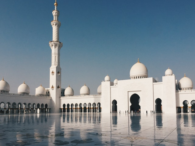 Mosques are some of the most beautiful buildings in the world.