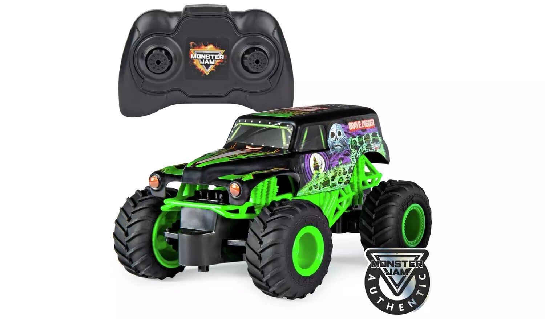 Monster Jam RC 1:24 Grave Digger Monster Truck.