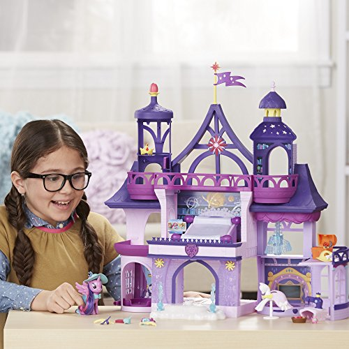 My Little Pony Magical School Of Friendship Playset With Twilight Sparkle Figure.