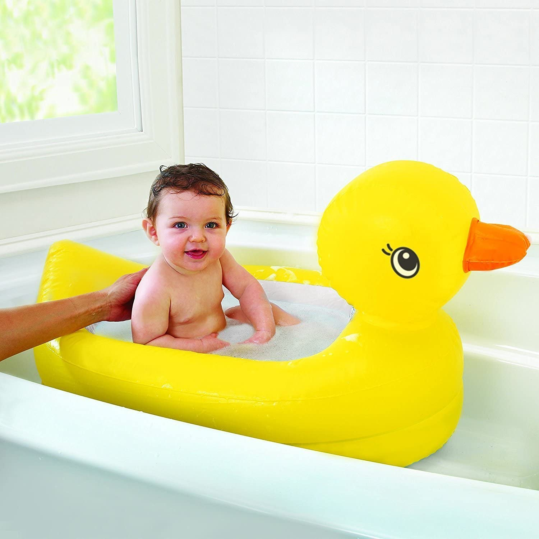 Munchkin White Hot Safety Duck Inflatable Bath